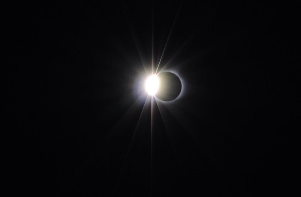 Diamond ring right before eclipse totality
